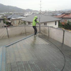 外壁、屋根塗装前の高圧洗浄
