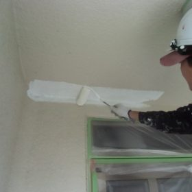 外壁塗装下塗りシーラー塗り