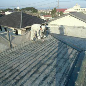 屋根塗装下塗りシーラー