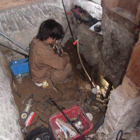 葛城市S様邸、ユニットバス給排水工事