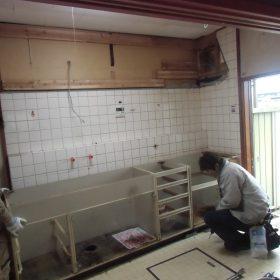 キッチン解体工事